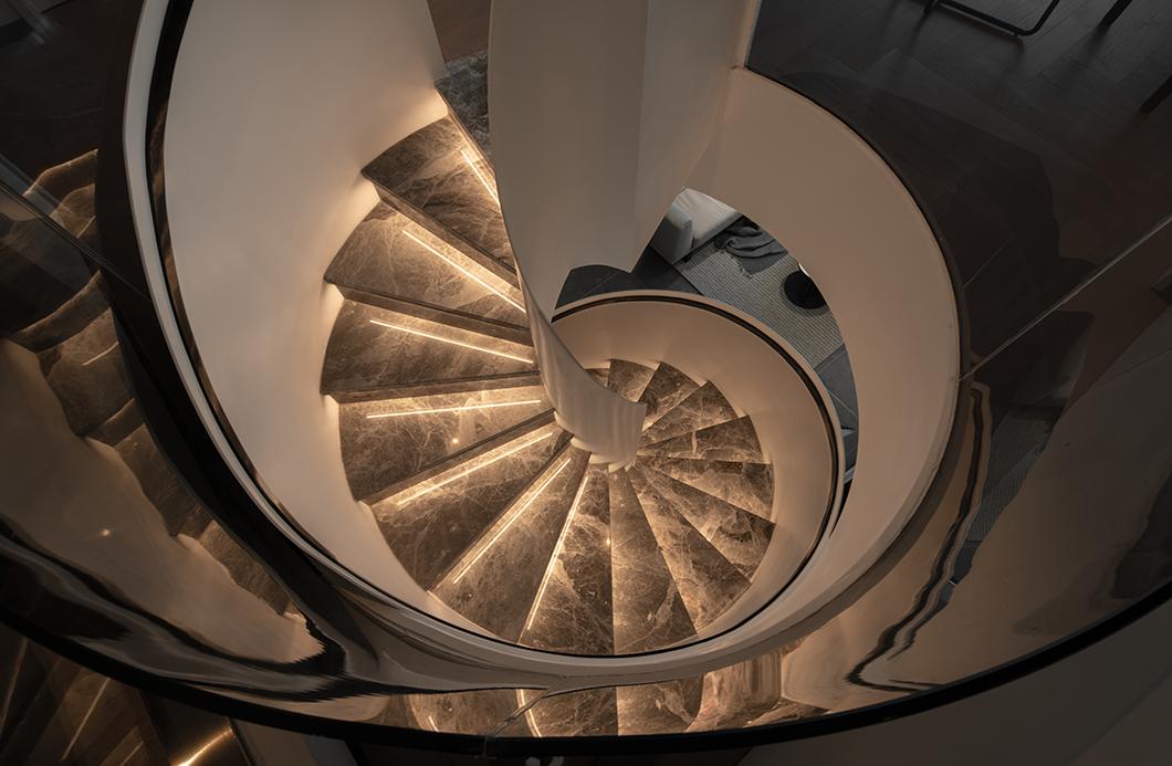贵阳别墅楼梯装修